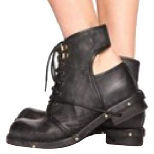 Rare Jeffrey Campbell Rosie Cutout Back Booties 7